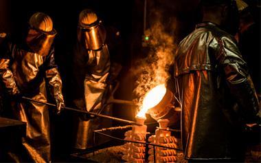 ریخته گری فولاد – استیل – آلومینیوم ، مس و …